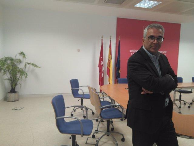 El consejero de Medio Ambiente, Carlos Izquierdo