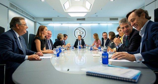 Casado preside la reunión del comité de dirección del PP