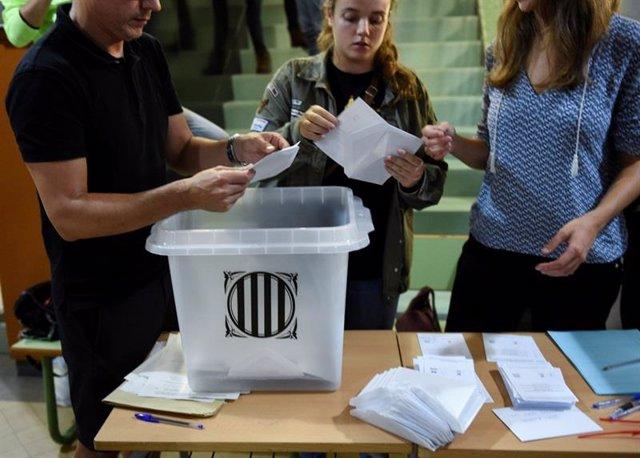 Foto de archivo del referéndum de Cataluña