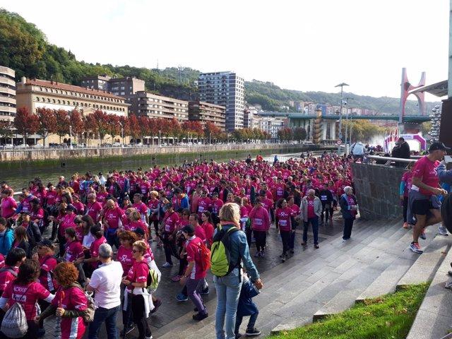 Carrera solidaria de Acambi por la investigación del cáncer de mama