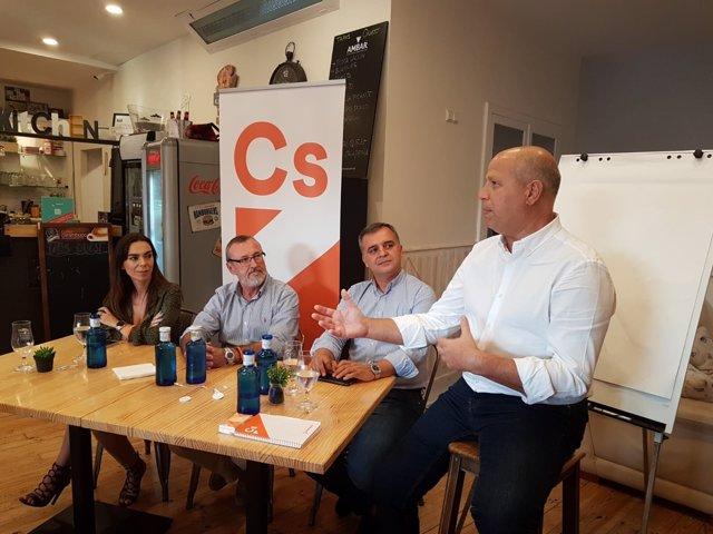 Javier Imbroda en encuentro con afiliados y militantes Ciudadanos Cs