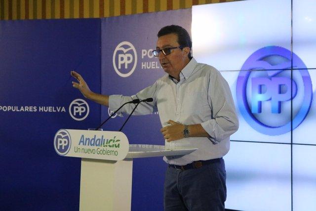 El presidente del PP de Huelva, Manuel Andrés González