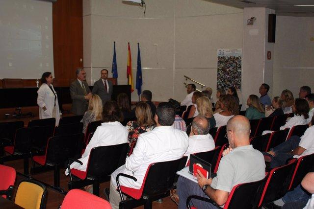 Reunión del director del Ingesa con personal del Hospital de Melilla