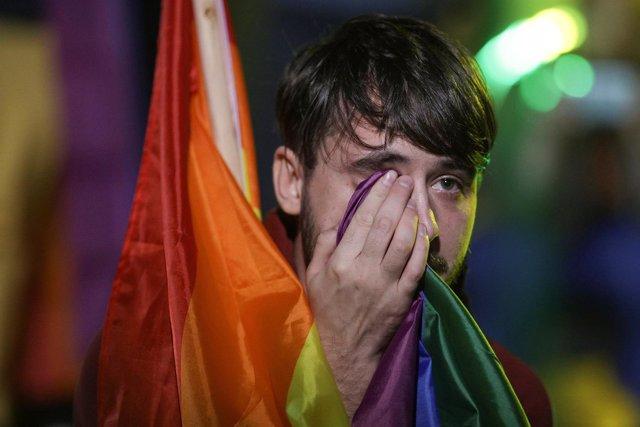 Invalidado el referéndum para prohibir el matrimonio gay en Rumanía