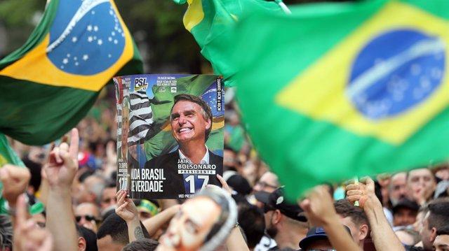 Simpatizantes del candidato presidencial Jair Bolsonaro