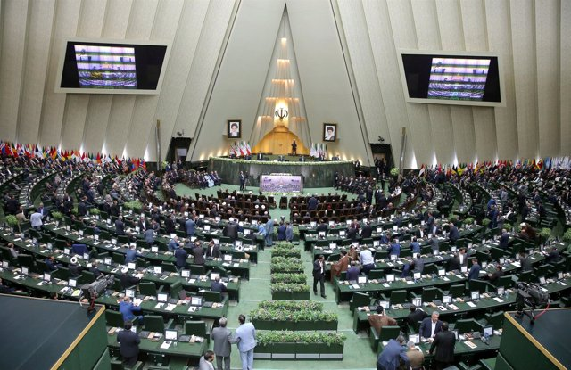 Parlamento de Irán