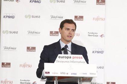 """Rivera reprocha a Sánchez que 47 millones de españoles dependan de Torra que les considera """"bestias taradas"""""""