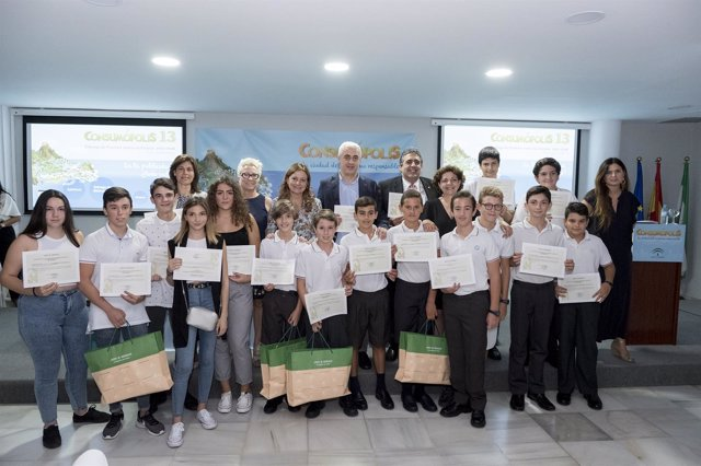 Junta invita a centros escolares a participar en Consumópolis14