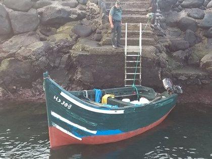 Arriban dos pateras a las costas de Lanzarote e interceptan a 27 inmigrantes