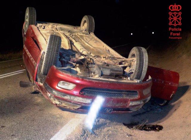 Vehículo accidentado conducido por el menor