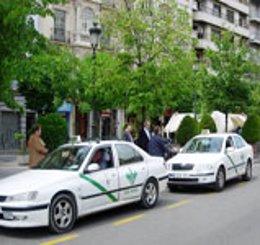 Imagen de taxis en Granada