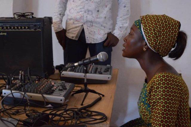 Emisora de radio comunitaria en Gandiol (Senegal)
