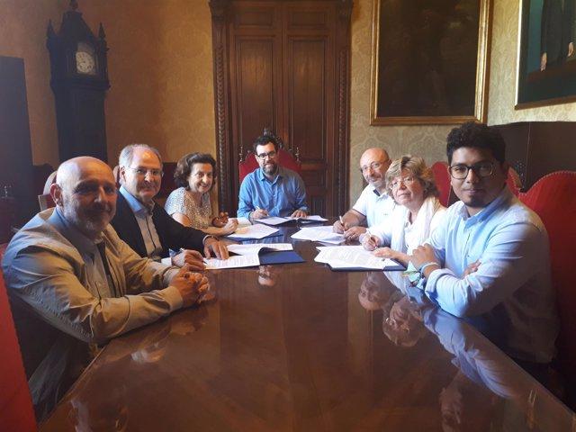Firma del protocolo de discriminación