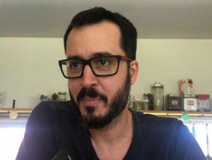 Un profesor argentino asegura haber sido despedido por usar lenguaje inclusivo durante una charla de educación sexual