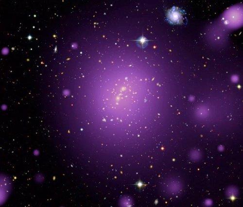 Resplandor rayos X desde un cúmulo de galaxias