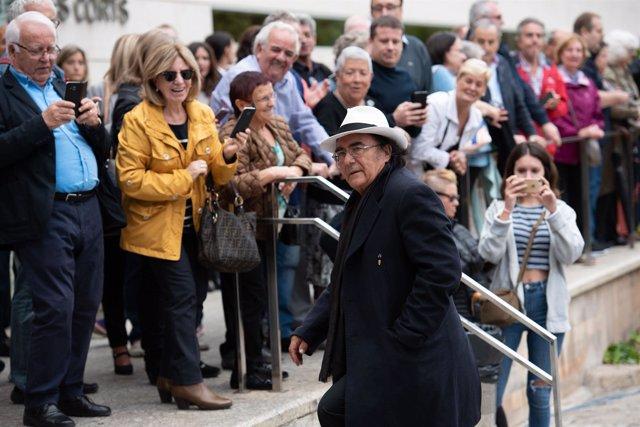 El cantante italiano Al Bano en el funeral de Montserrat Caballé