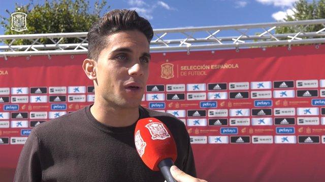 Marc Bartra a su llegada a la concentración de la selección en Las Rozas