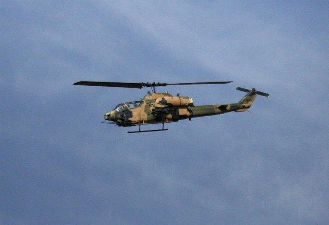 Helicóptero militar turco en operaciones contra el PKK