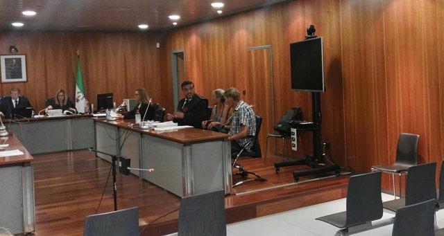 Juicio jurado hombre acusado matar a su mujer por la pensión