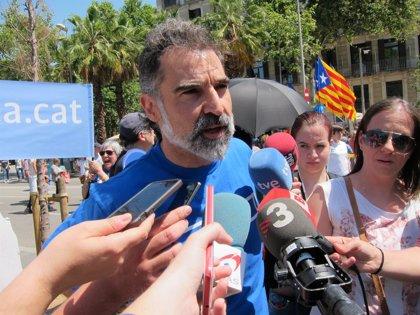 La defensa de Jordi Cuixart pide suspender la instrucción hasta que reciba la causa íntegra