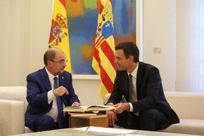 """Lambán dice que Sánchez va a """"volcarse"""" con Díaz en las elecciones y que ambos presidentes han compartido los pasos"""