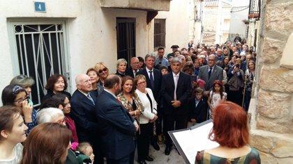 Olba (Teruel) acoge el 20 de octubre un nuevo homenaje póstumo al modisto Manuel Pertegaz