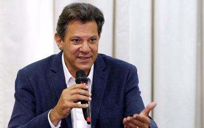 """Haddad ofrece diálogo a las """"fuerzas democráticas"""" de Brasil para frenar a Bolsonaro"""