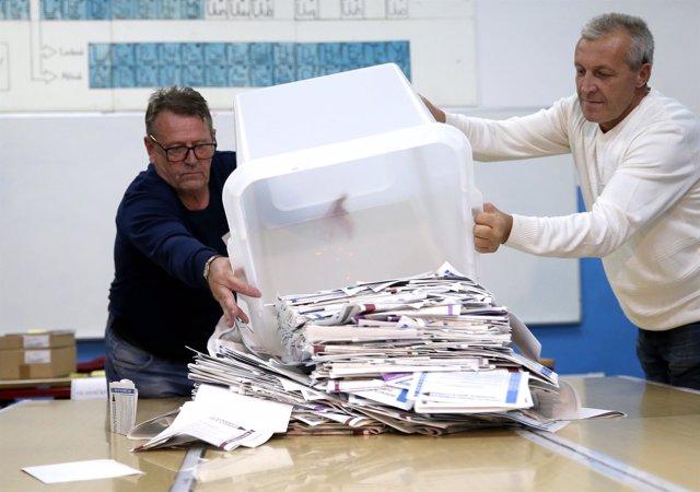 Recuento de votos en las elecciones de Bosnia