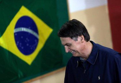 Bolsonaro rechaza que suponga una amenaza de golpe de Estado para Brasil