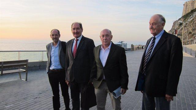 Brian Currin, Paul Ríos y miembros del GIC