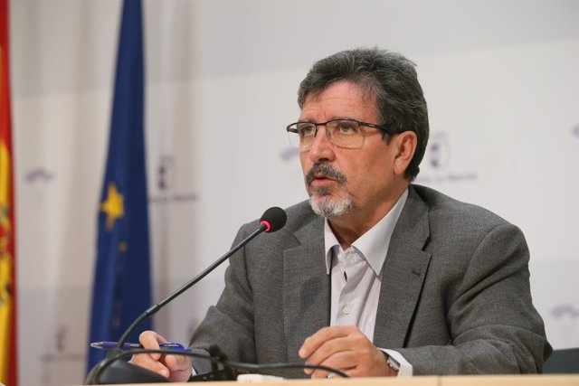 El director gerente de la Agencia del Agua de Castilla-La Mancha, Antonio Luengo