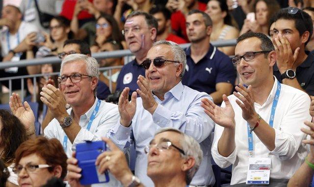 El alcalde de Tarragona, Ballesteros, y el presidente del COE, Blanco, en JJMM