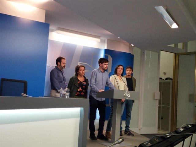 Rueda de prensa de Elkarrekin Podemos en el Parlamento Vasco