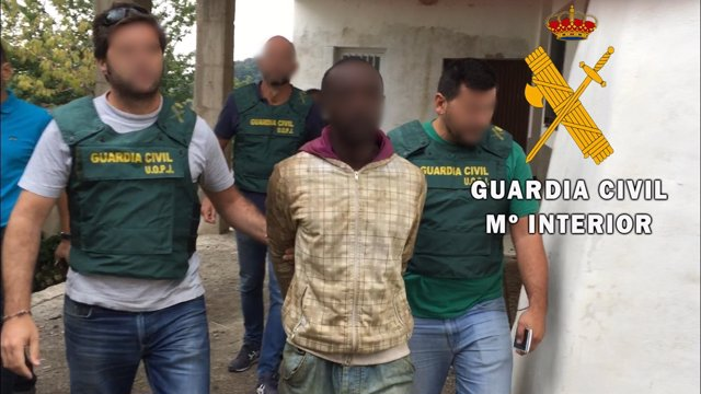 [Grupoalmeria] Fwd: La Guardia Civil Detiene A Una Persona Por Homicidio Cometid