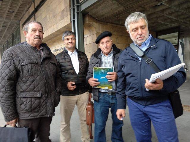Representantes de USAGA ante la consejería de Desarrollo Rural