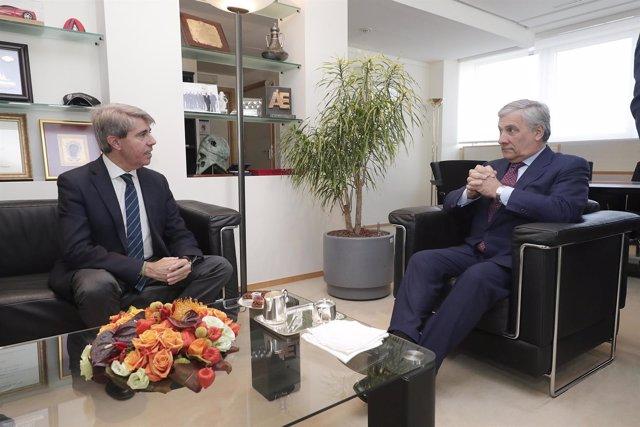 El presidente de la Comunidad de Madrid, Ángel Garrido, con Tajani