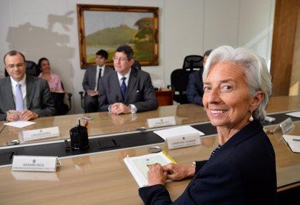 Tensiones comerciales, bajada de expectativas e hiperinflacción, resumen de las previsiones del FMI para Iberoamérica