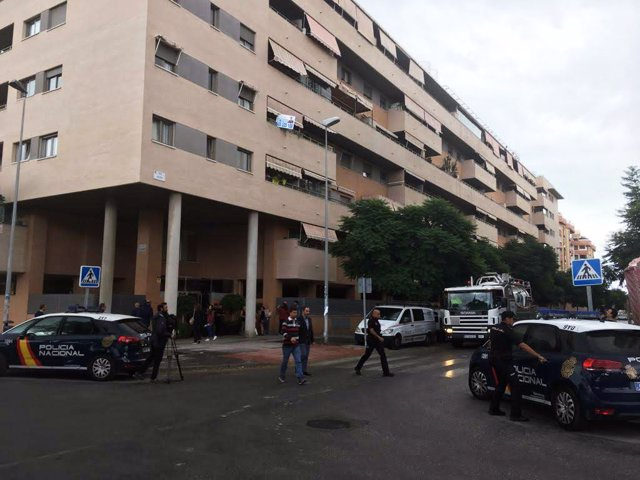 Un hombre y una niña de seis años han fallecido tras caer al va