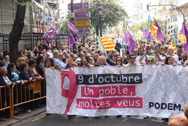 Participación de Podem en la Procesión Cívia