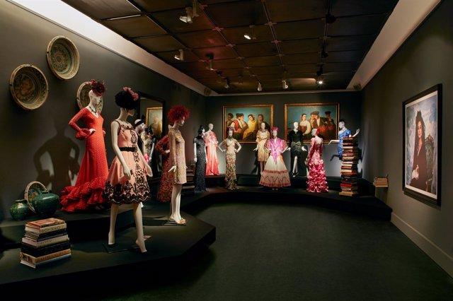 Una Crónica de Moda. Colección Naty Abascal