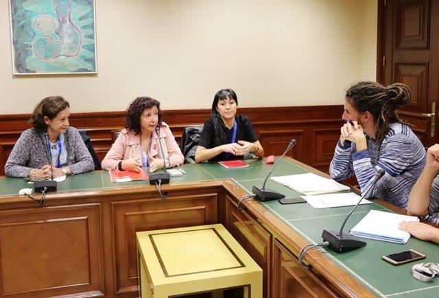 UGT se reúne con Alberto Rodríguez, de Podemos