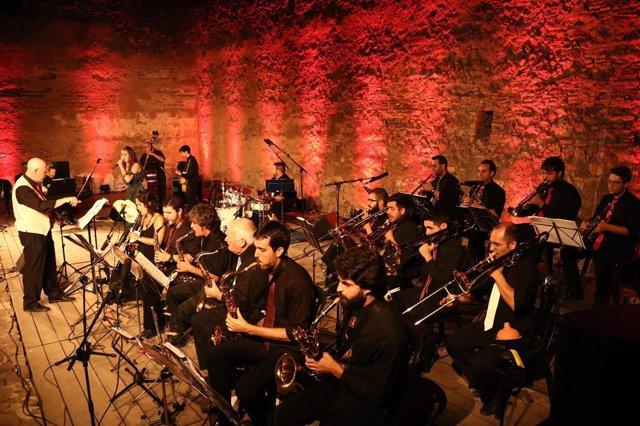 La Insostenible Big Band