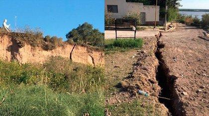Una grieta provoca un gran hundimiento y aterra en Argentina