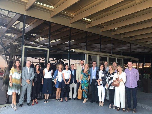 La delegación de Sanitas visita el Hospital Quirónsalud Córdoba