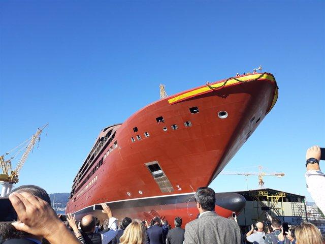 Botadura del crucero de lujo de The Ritz-Carlton construido en Barreras