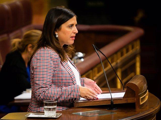 La diputada del PSOE Esther Peña en el Congreso
