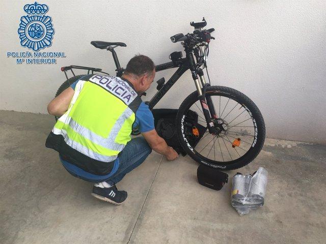 Bicicleta recuperada por la Policía Nacional