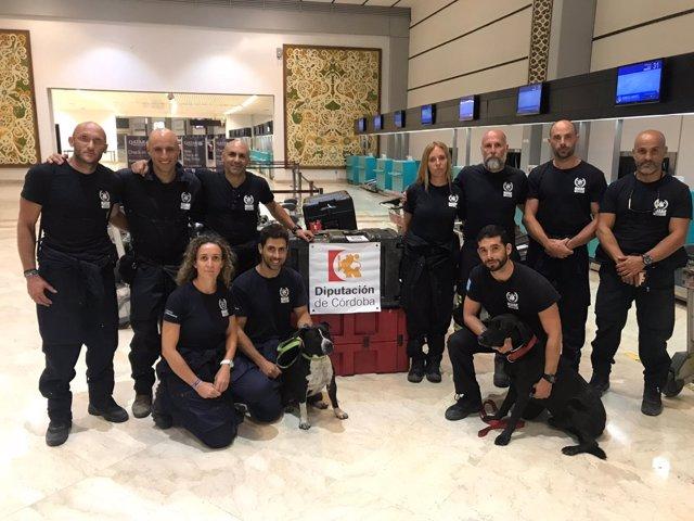 Bomberos de la Diputación en el aeropuerto