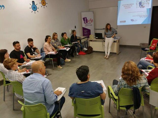CCOO celebra un encuentro sobre dependencia en Mérida