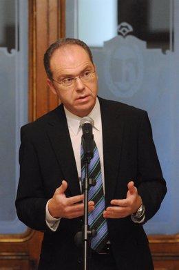 Delegado de Hacienda del Ayuntamiento de Madrid, Juan Bravo